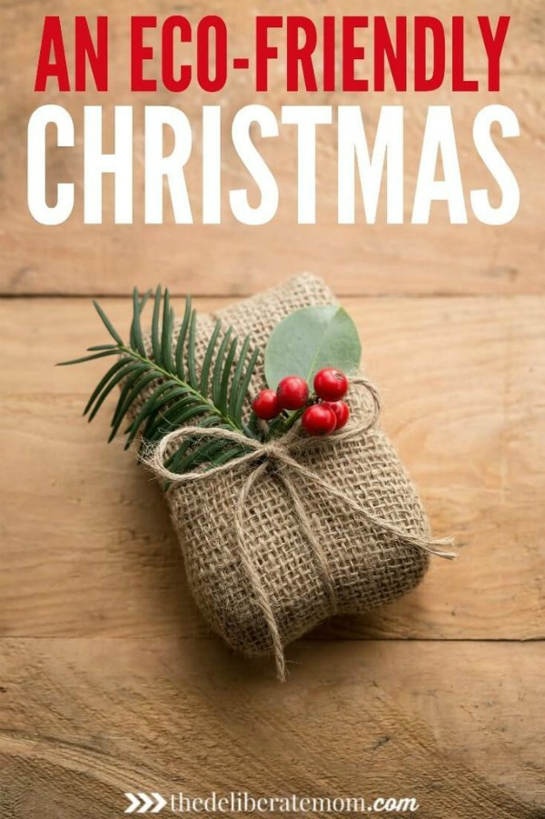 How to have an environmentally-friendly Christmas. From eco-friendly decorating ideas to eco-friendly gift wrap... check out these tips to have a green Christmas!
