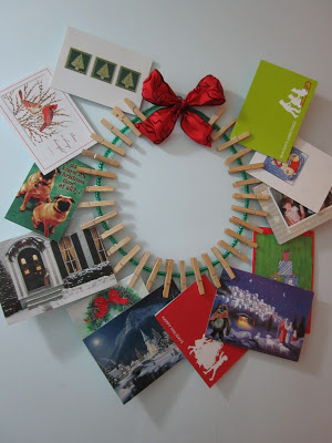 A Nifty Way To Display Christmas Cards