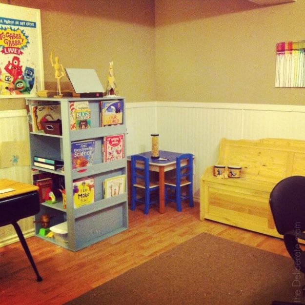 When space is limited homeschool organization is crucial. Our homeschool space goes beyond a homeschool room. Come check out these creative homeschool solutions for a small home.