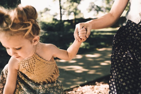 We love our children but have you ever thought of how you express love to your children? Check out these seven ways to let your kids know you love them!