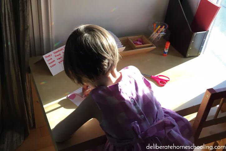 A great preschool or kindergarten writing activity - making Valentine's Cards!