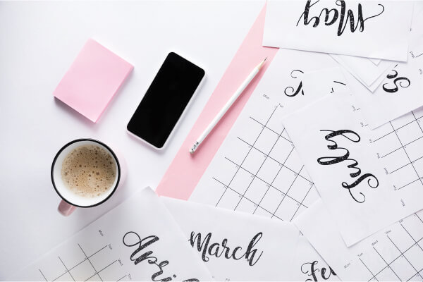 "One of the biggest challenges of moms is trying to ""do it all"". Time management and scheduling is often an obstacle and it becomes trickier with the more children you have. Here are some tips, tricks, and hacks for how busy moms stay organized. #busymomhacks #timemanagementformoms #momhelp #tipsformoms"