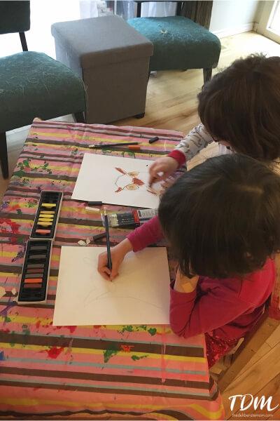 Chalk pastels art lesson - creating owls.