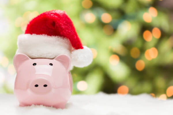 Want a stress-free Christmas? Make sure to establish a Christmas budget!
